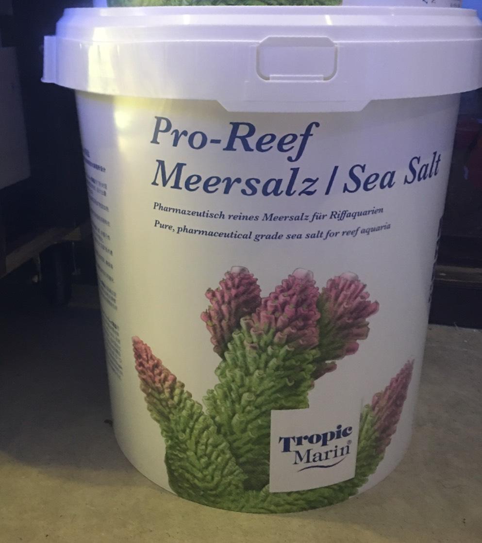 画像1: プロリーフシーソルト 750L PRO-REEF Sea Salt Meersalz sea salt トロピックマリン 人工海水 (1)